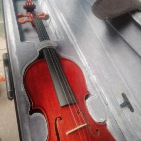 伊诺牌小提琴