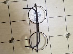 民国 眼镜