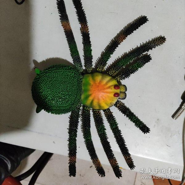 万圣节爬行仿真动物整蛊解压软胶玩具大蜘蛛 动物模型