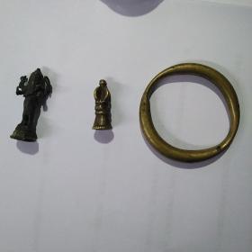 铜器三个,合售199元,不单卖,二手物品,售出不退。尺寸标的都是高度。