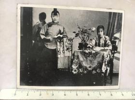 民国时期老照片:大家闺秀民国老照片美女照片