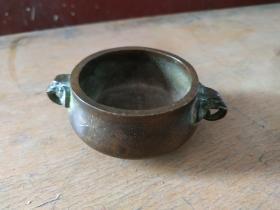 清代陈巧生象耳紫铜小香炉,紫铜,物虽小沉重压手。