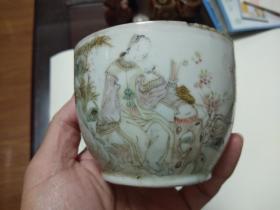 民国时期罗仲林本画仕女图罐底一个