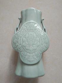 浩然斋集青瓷之一百三十:青瓷双耳尊