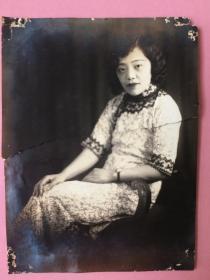 照片,民国美女,端庄素雅,1931年,银光闪闪.