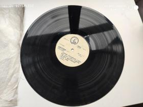 黑胶老唱片:世界名曲集锦 永恒的旋律(一) 尺寸:  30 × 30 cm