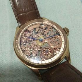 机械手表一块 表身有0065/3000字样 请自鉴