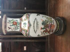 广彩花瓶(精美)