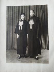 民国老夫少妻结婚照片