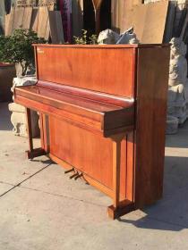 95年越南花梨木钢琴,全品,正常使用。