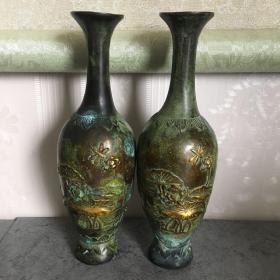 1348.铜花瓶一对