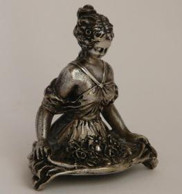 法国 铜雕 高7,2厘米 重 157克 签名ERENARI 1920年