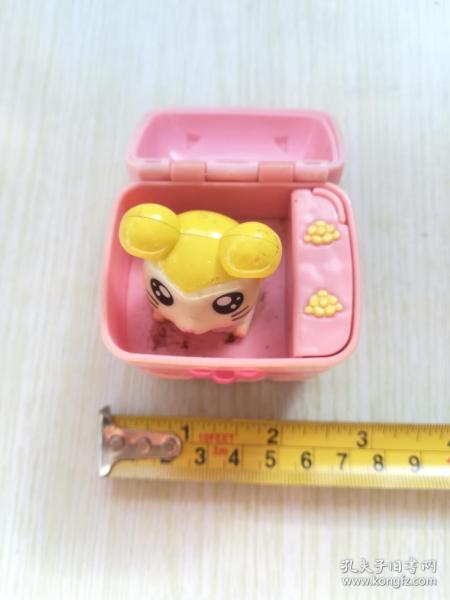 盒子里的小仓鼠肯德基玩具