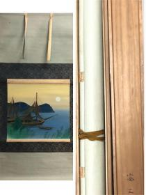 日本回流,日本画家高木富三作品,绢本三段式绫裱,精美骨轴一对,原装画家自题木盒,轴头木盒装裱就不便宜,画心50*45,日本售价近千元人民币