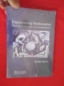 Experiencing Mathematics      (16开 )  【详见图】,全新未开封