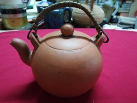 陈鸣远款-紫砂壶