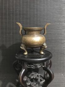 清代传世宣德年制款长冠耳宣德炉,包浆熟美,内膛干净,底款犀利,尺寸重量见图,清供珍品。