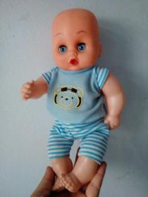 可爱娃娃玩具