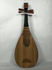 民族乐器,老琵琶一把,包存完整,包浆浓厚,正常使用,包老,保真