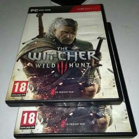 巫师三  THE  WITCHER  3 : WILD HUNT 5张盘+游戏地图(受过潮)