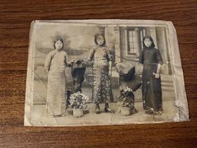 民国三个美女照片