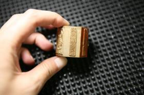 黄铜六面印 印章 扳指六面铜印一枚(刻工精细,分别为四面佛造像和两面佛语印)适合文房把玩和作闲章用