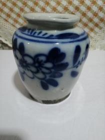 青花瓷水罐---兰花图