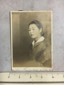 民国时期原版老照片:兰昌堂美女