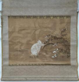 古画《双兔》原装纸本绫裱无轴,保老三百年,保手绘真迹作品,品相如图请自辩。尺寸:64 x 47 cm。