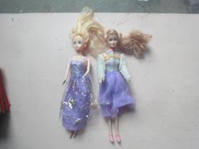 芭比娃娃2个