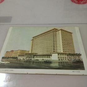 【彩页】斯里兰卡纪念班达拉奈克国际大厅 戴念慈1978年画;北京饭店魏大中1978年画