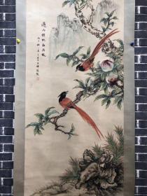 张熊花鸟轴画、画工精细、品相如图、保存完好