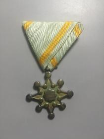 二战时期.日本《勋八等瑞宝章》.银章.