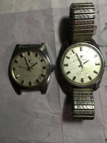 钻石牌手表老手表老机械表老腕表不可以走时每个15元不包邮要哪个先说明不然任意发。其中一个金色表链的手表已经没有了喔不退换喔