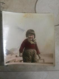 民国老照片-手工上色小女孩