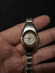 CUSSI  老电子石英手表(女式)。(当配件卖)