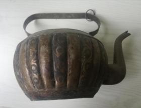 维吾尔手工老铜壶(无盖)