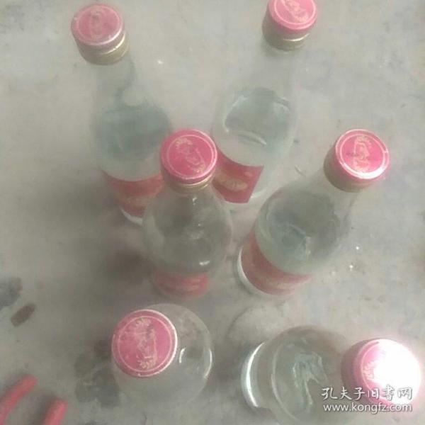 2013年绵竹贡原酒6瓶(1市斤)原包装,酒精度38%