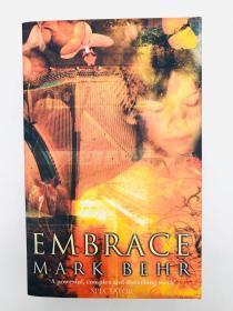Embrace 英文原版-《拥抱》
