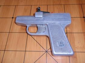 上世纪70年代蝴蝶牌发令枪(蝴蝶牌)完好,可以使用!L1