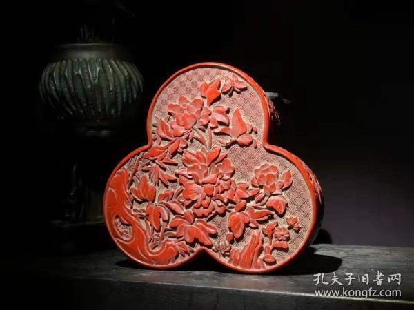 漆器 剔红漆器玉堂富贵异形盒 B