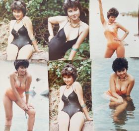 美女泳装照片