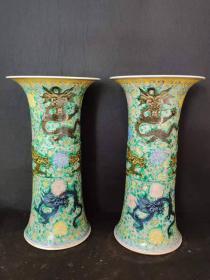 清代时期康熙年制五彩龙纹饰花鼓一对,画工精美细致造型独特优美,保存完整,保老保真保到代。