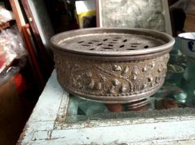 潮汕工夫茶具之茶盘,中间是五个金钱,喝茶招财