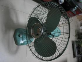 老上海华生台扇老式金属电风扇古董电扇怀旧收藏 规格400毫米 运转正常