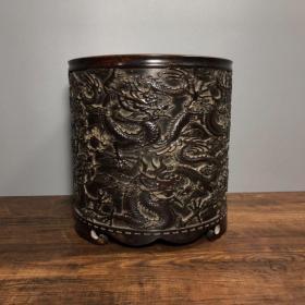 紫铜龙笔筒,高17.5厘米,口径17厘米,重5865克,¥3500