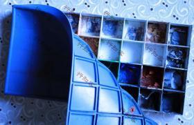 水彩盒密封可携带便携式写生32格不漏水