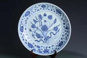 明宣德青花缠枝花一把莲一束莲纹笔洗盘,古玩古董,古瓷器
