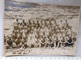 民国抗战时期原版老照片:1945年7月日本鬼子投降前一个月的合影