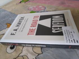 The Road to Serfdom:The Definitive Edition (The Collected Works of F. A. Hayek)